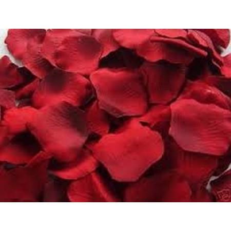 Lit de pétales de roses - Déclaration d'amour